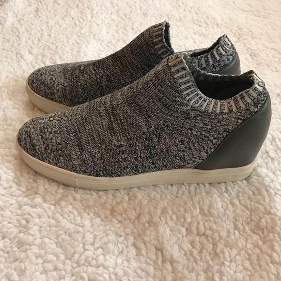 Steve Madden Sly Sneaker (Women's) yYpihWYViK